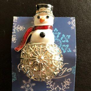 Jewelry - Snowman pin